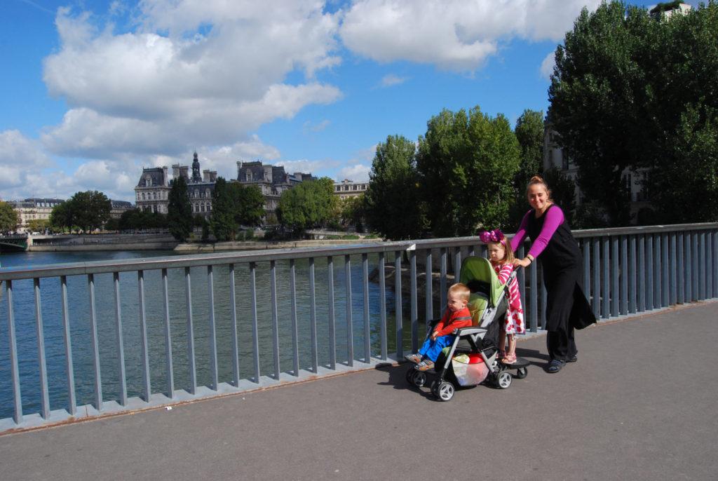 3 kuud abikaasaga Pariisis Cité des Artsi residentuuris. 2013