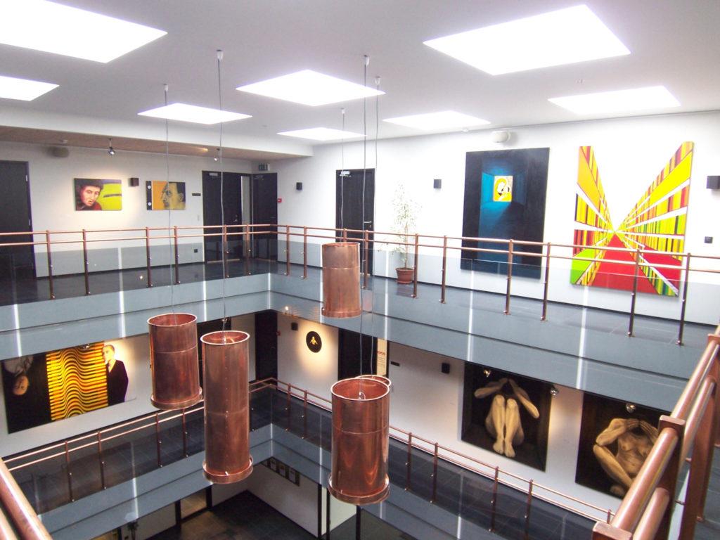 Näitus. Kauguse, Kuressaare Ajamaja galerii. 2008